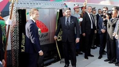 Photo of بالفيديو: ملك الغرب ورئيس فرنسا يدشنان أول قطار سريع في أفريقيا