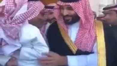 """Photo of والد الطفل الذي طلب """"مرسيدس"""" من ولي العهد يرد على من أساء له ويعلن التبرع بها"""