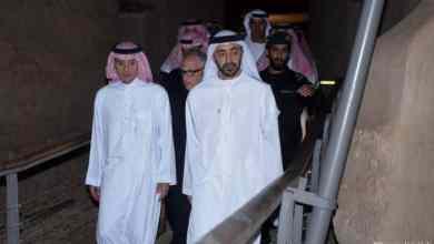 Photo of شاهد: الجبير وعبدالله بن زايد في الدرعية.. وصورة لطيفة مع صقر
