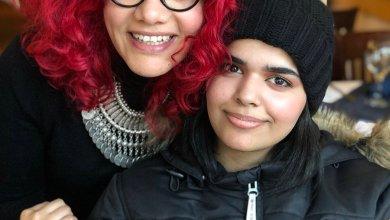 Photo of صور و تفاصيل لقاء السعودية رهف مع الناشطة المصرية منى الطحاوي في كندا