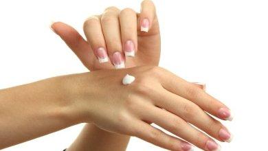 Photo of كيف تحافظين على نعومة يديك في فصل الشتاء؟