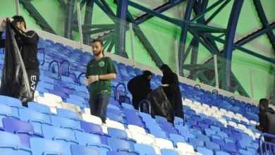 """Photo of بالصور.. الطلبة السعوديون بالإمارات ينقلون صورة مشرفة بمبادرة """"مدرج أخضرنا نظيف"""""""