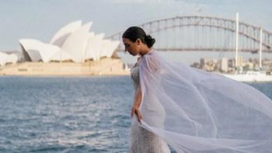 Photo of لماذا ارتدت هذه العروس فستان زفافها في 33 بلداً؟