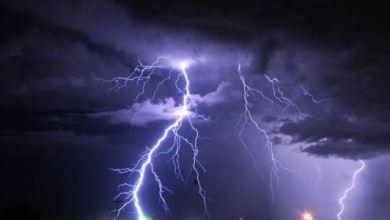 """Photo of """"الأرصاد"""": أمطار رعدية مسبوقة برياح نشطة على عدة مناطق"""