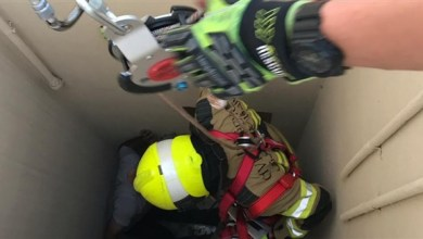 Photo of إنقاذ شاب آسيوي سقط في فتحة تهوية بعجمان