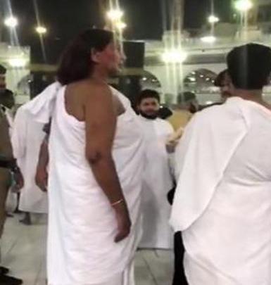 Photo of تفاصيل قصة المعتمرة التى حضرت الى الحرم المكي بملابس احرام للرجال