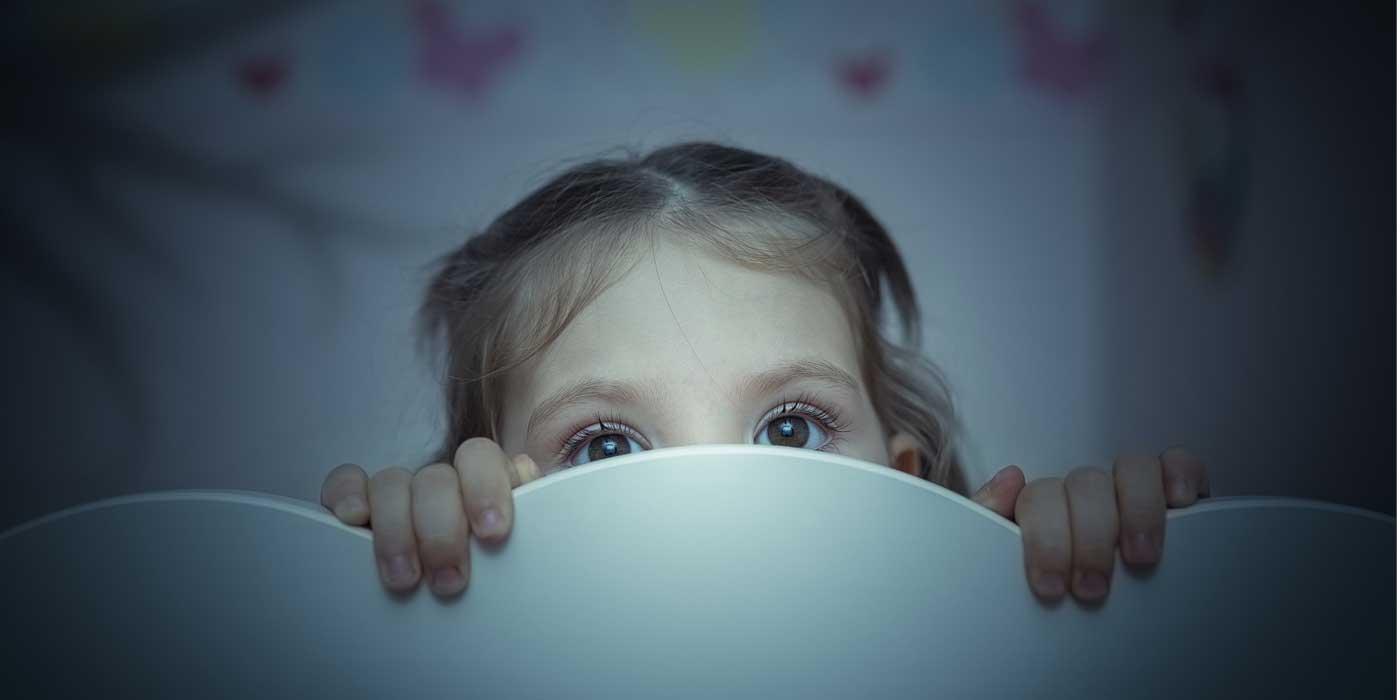 اسباب الشعور بالخوف عند الاطفال