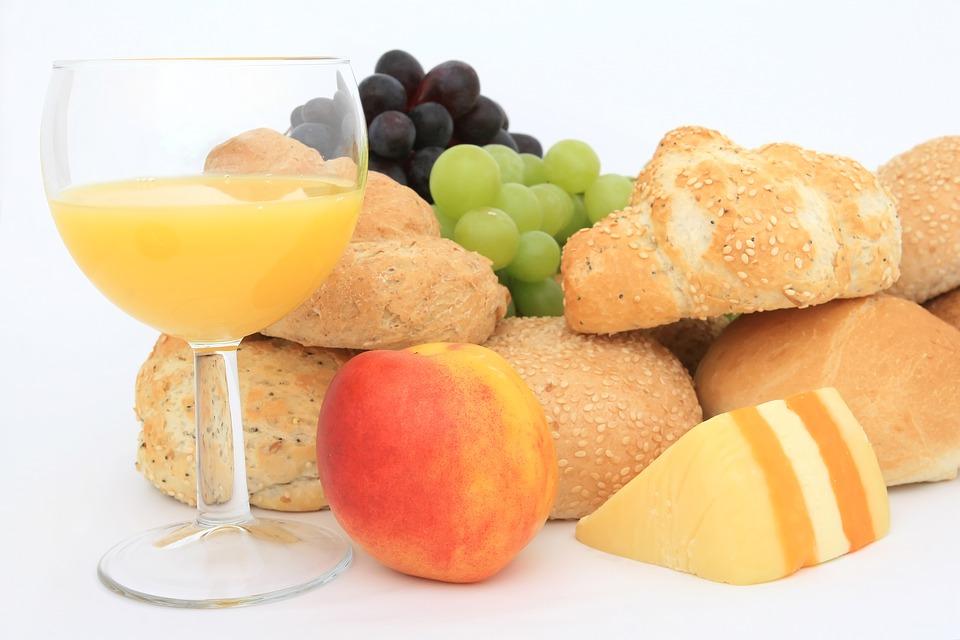 فوائد عصير الخوخ
