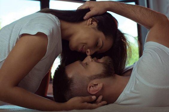 Photo of السعادة في العلاقة الحميمة