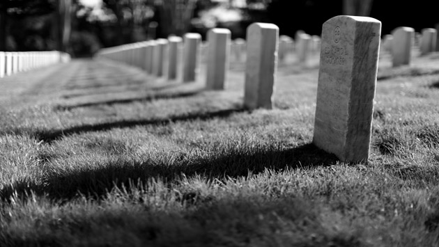 أشخاص ماتوا لعدة دقائق ليعودوا بقصص عن العالم المجهول