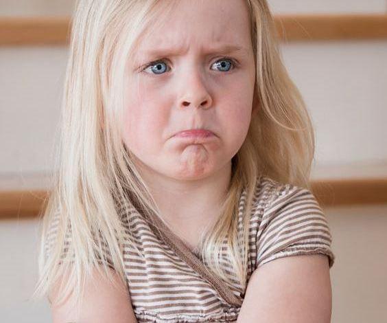 Photo of كيف يمكن التعامل مع الطفل الكاذب وتشجيعه على الصدق