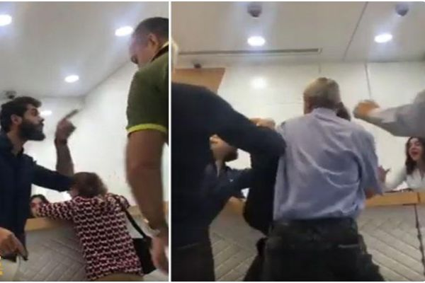 Photo of صور مدير بنك يضرب عميل طلب أن يسحب أمواله بالدولار في لبنان