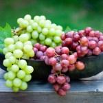 فوائد العنب .