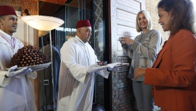 Photo of تفاصيل لقاء الأميرة للا مريم تستقبل ايفانكا ترامب في مطار الرباط
