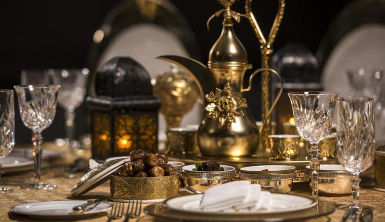 بوفيه إفطار رمضاني في الرياض