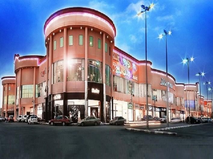 مولات التسوق داخل الرياض