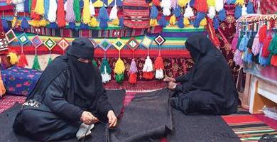 Photo of «بيوت الشعر» تنعش سوق الحرفيات