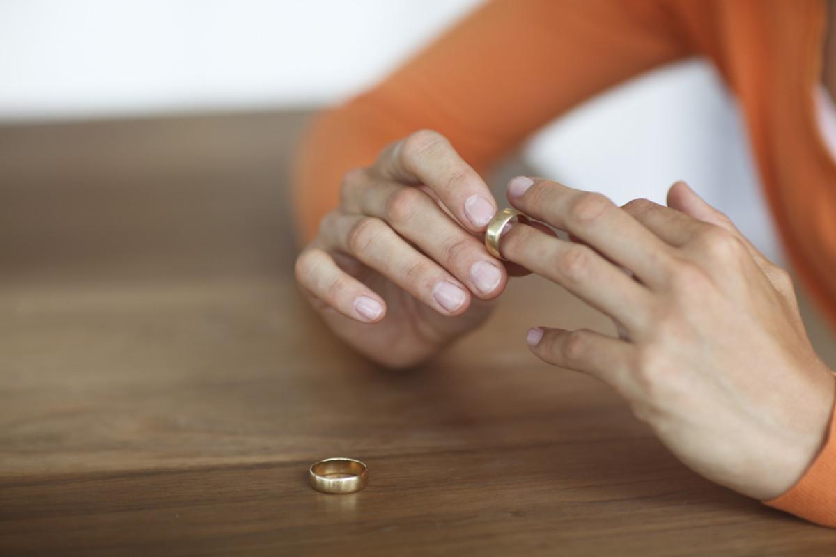 أحاديث الرسول عن الطلاق