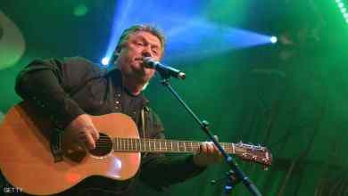Photo of وفاة نجم موسيقى الريف الأميركي جو ديفي بكورونا