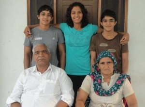 phogat sister and family