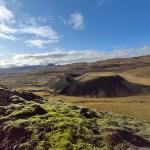 Grabrók Blick auf den kleinen Nachbarvulkan