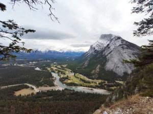Blick vom Tunnel Mountain auf das Bow Valley