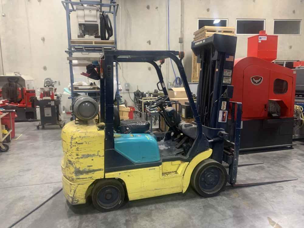 6000 Lb. Komatsu Propane Forklift
