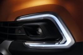 Renault_87962_global_en