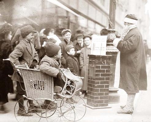 Santa Claus in New York, ca. 1900