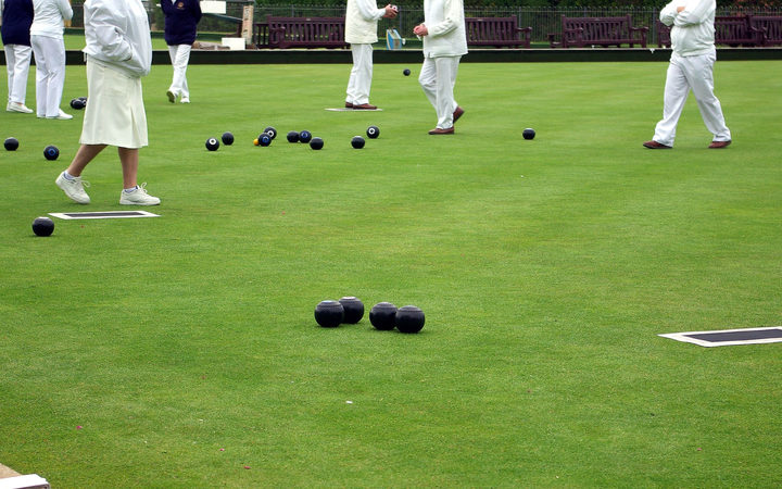 People playing lawn bowls