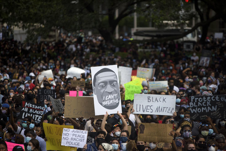 Thousands gathered to march across downtown Houston, Texas on 2 June.