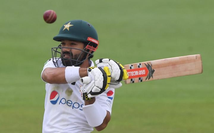Pakistan's Mohammad Rizwan plays a shot on the second day of the second Test cricket match between England and Pakistan at the Ageas Bowl in Southampton, southwest England on August 14, 2020. (Photo by Stu Forster / POOL / AFP)