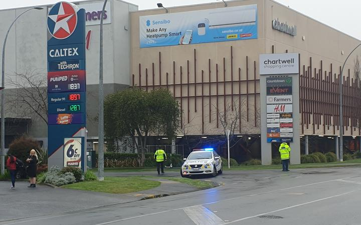 Chartwell Mall in Hamilton has been closed to the public as police attend an incident on 6 August, 2020.
