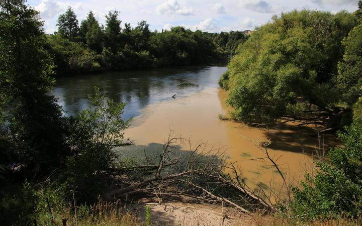 The Mangaonua Stream meeting the Waikato River carrying a huge dump of sediment.
