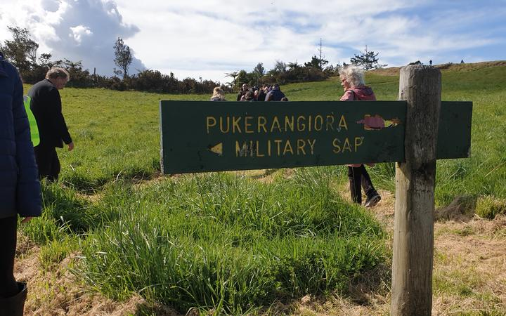 The British had dug their way up the slopes towards a new pā at Pukerangiora using a system of redoubts and covered trenches call saps.