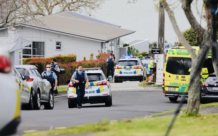 One person in possession of a firearm has been shot by police and is in a serious condition after a chase in Auckland this morning that ended on Lilac Grove, Hillsborough, Auckland.