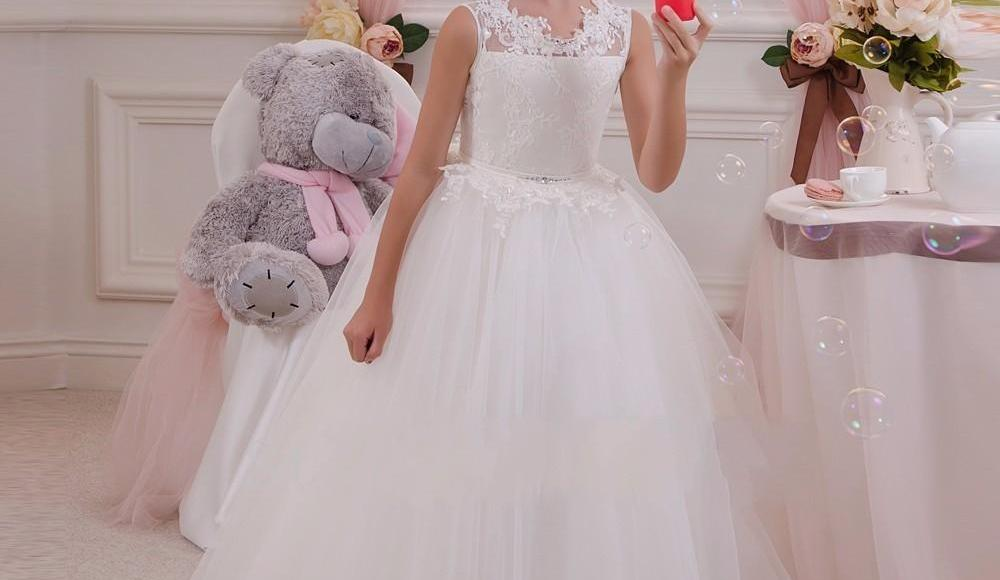 how to find the best communion dress for your little girl