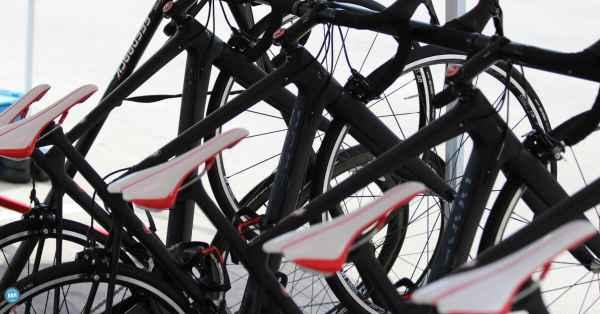 clean bicycles