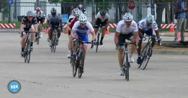 cyclists sprinting