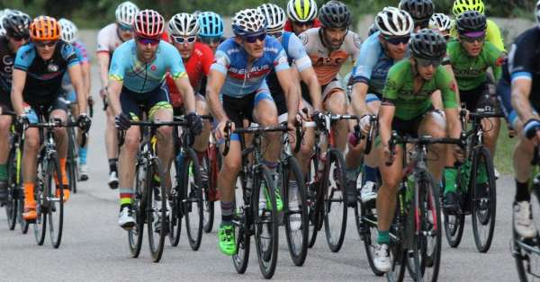 Types of cycling fitness explained, cyclists racing