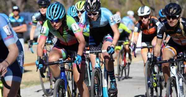 women racing cyclocross