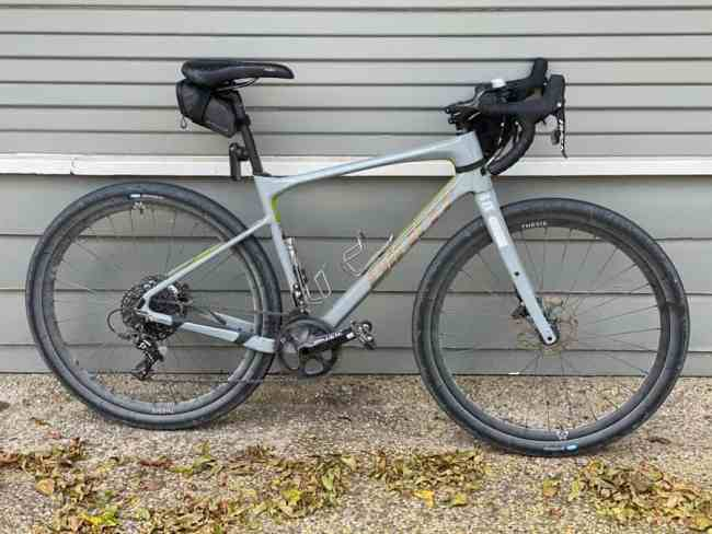 Giant Revolt gravel bike set up with 650b wheels and slick tires for the road.