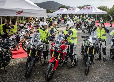 Honda Africa Twin True Adventure: il briefing