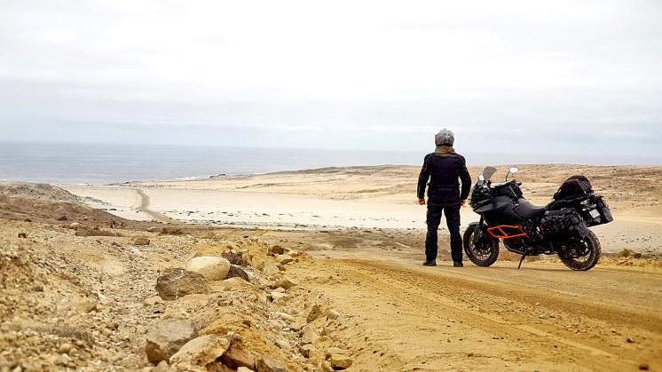 KTM 1190 Adventure in Cile, Bahía Inglesa vicino Caldera