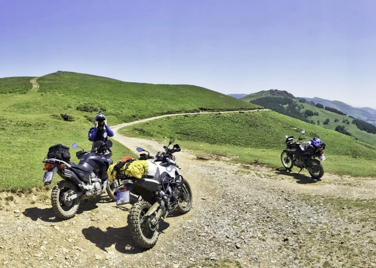 Pirenei in moto: da Hondarribia a Ochagavía
