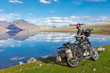Ladakh in moto con Vedett Mototours, al Pangong Tso
