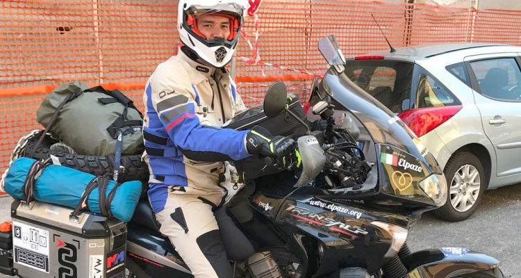 Giulio Romito Mongol Rally 2017 per beneficienza