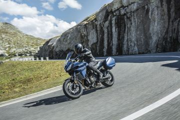 Yamaha Tracer 700GT, piccola e accessibile sport tourer
