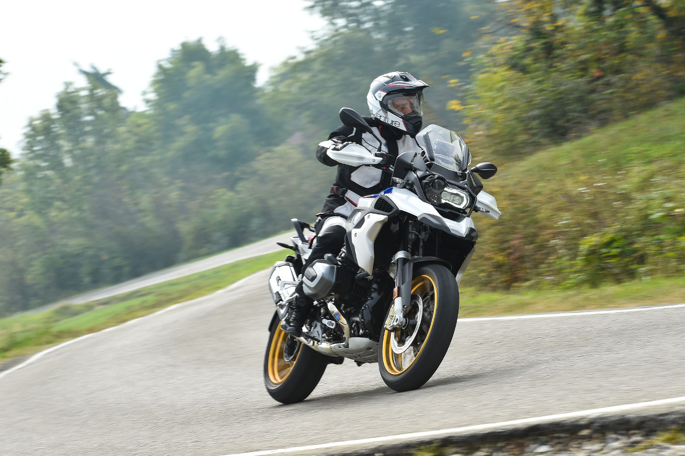 video test BMW R 1250 GS Prova su strada.jpg