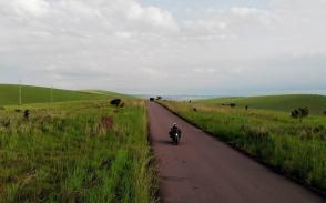 viaggiare-in-africa-con-una-moto-elettrica